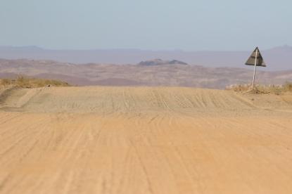 paysage - gravel road